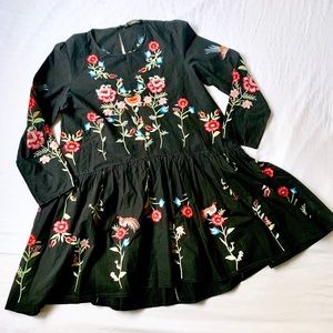 ZARA • FLORAL EMBROIDERED RUSSIAN BABY DOLL DRESS
